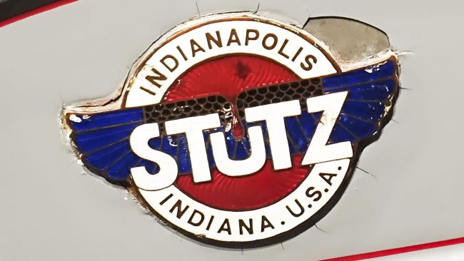 Stutz Logo with Wings